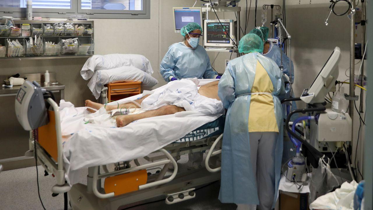 Pacientes ingresados en uci en el hospital Infanta Sofía de Madrid.