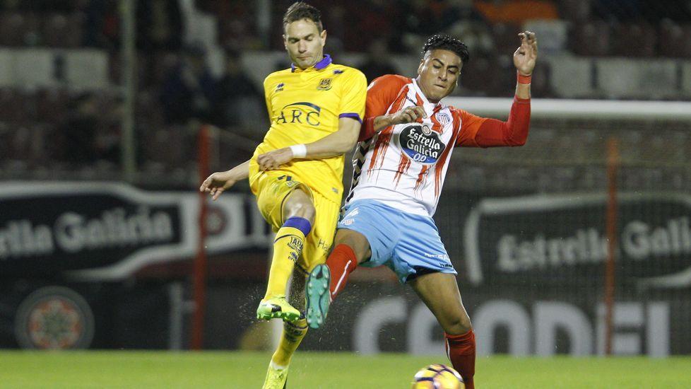 Las mejores imágenes del encuentro entre el Real Zaragoza y Lugo