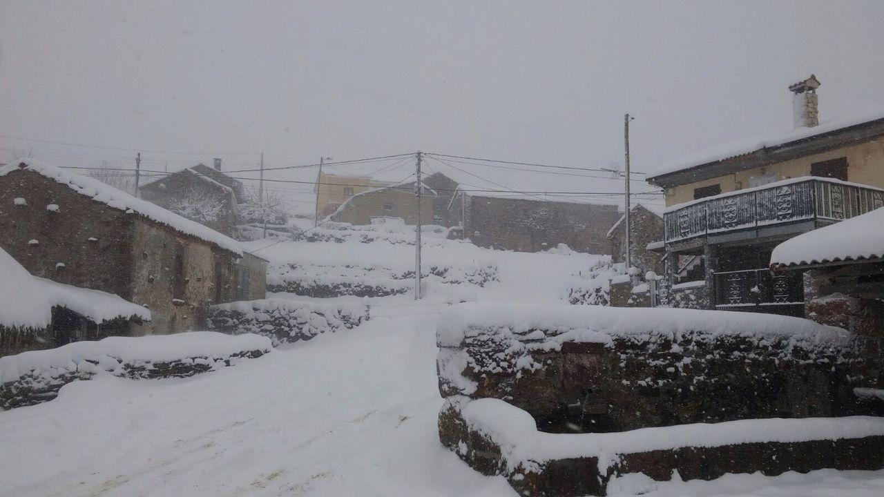 Temporal de nieve en Pedrafita do Cebreiro.La nieve en Somiedo