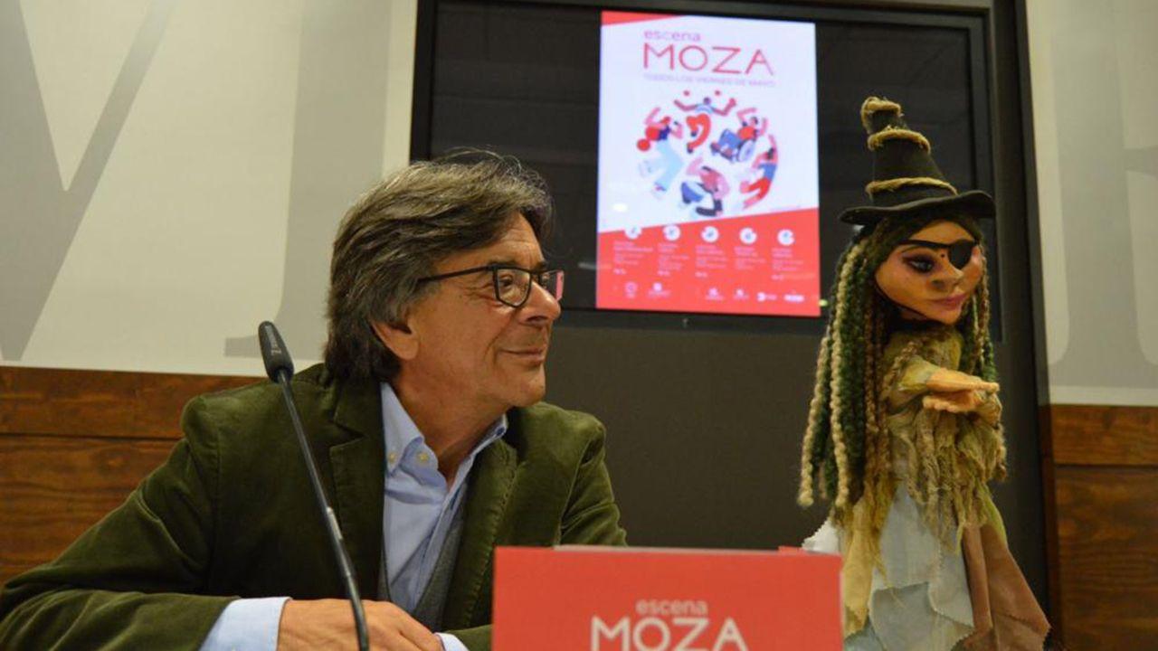 Gascona, sidra, sidrerías,.Roberto Sánchez Ramos en la presentación de «Escena Moza»