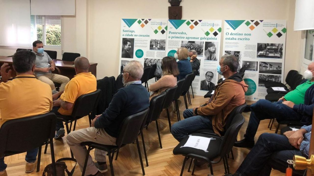 Jorge Cubela mantuvo una reunión con los presidentes de las comunidades de montes de Reboredelo, Loureiro, Carballedo y Borela