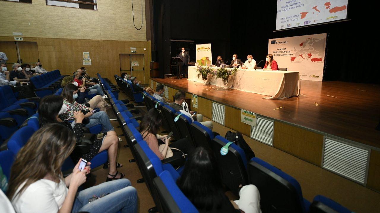 Regreso de la Méndez Núñez a Ferrol tras cuatro meses con la OTAN.Blanco Leschuk, en El Requexón