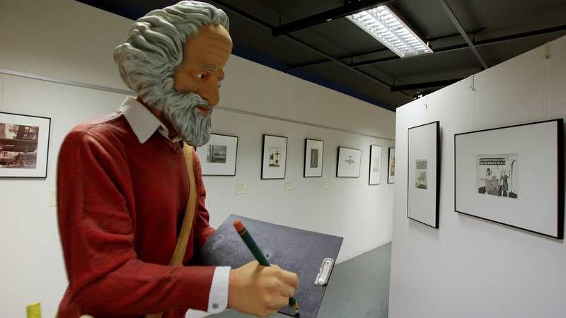 Miguel de Lira encarna al electricista Manuel Castiñeiras.