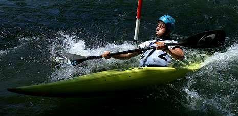 Los palistas dumbrieses estrenaron el nuevo canal de aguas bravas de Ponts, en Lérida.