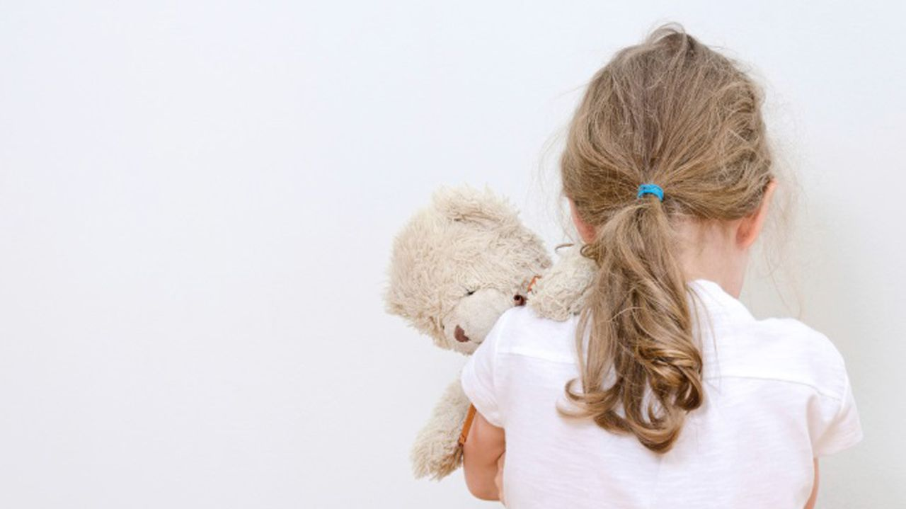 pobreza infantil, niños, malos tratos.Pobreza energética