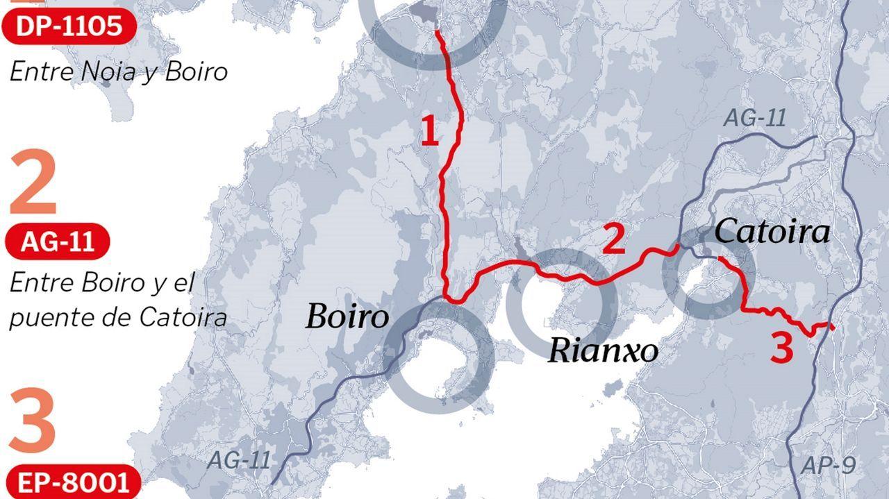 Un helicóptero policial apoya los controles para blindar el cierre perimetral de Vigo por el covid.Chapela está desde hace años dividida por dos carreteras, dos vías del tren y la autopista AP-9