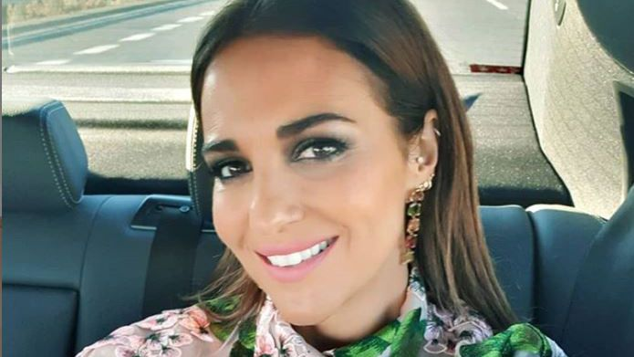 Blanca Villa en «La Voz Senior».Paula Echevarría posando en Instagram