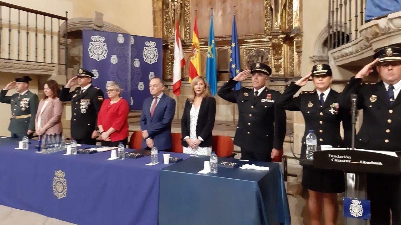 Celebración del Día de la Policía Nacional en la colegiata de San Juan Bautista, en Gijón