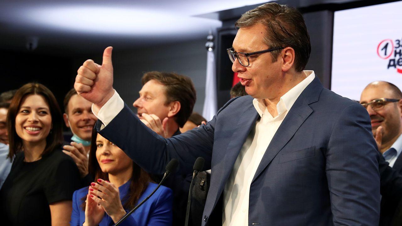 Vucic celebra su contundente victoria en las elecciones generales
