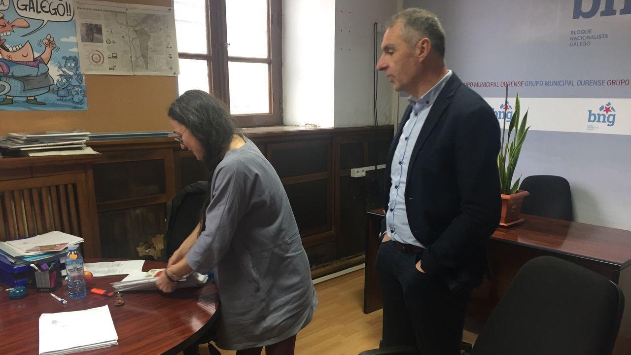 Luis Seara, portavoz del BNG, en su oficina municipal tras ser expulsado del pleno por el alcalde