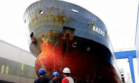 Botadura del «Lay Vessel 108» en los astilleros Metalships de Rodman .Bruselas dictaminó que el sistema de ayudas al naval español era ilegal y obligó a devolverlas.