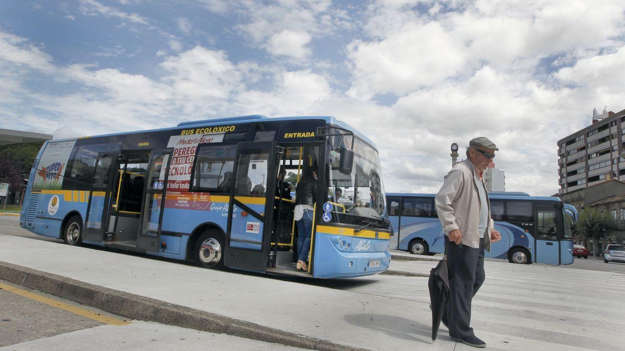 ¡Búscate en el partido de preferente entre el Puebla y el Boiro!.El alcalde de Catoira, Xan Castaño, durante su investidura en junio