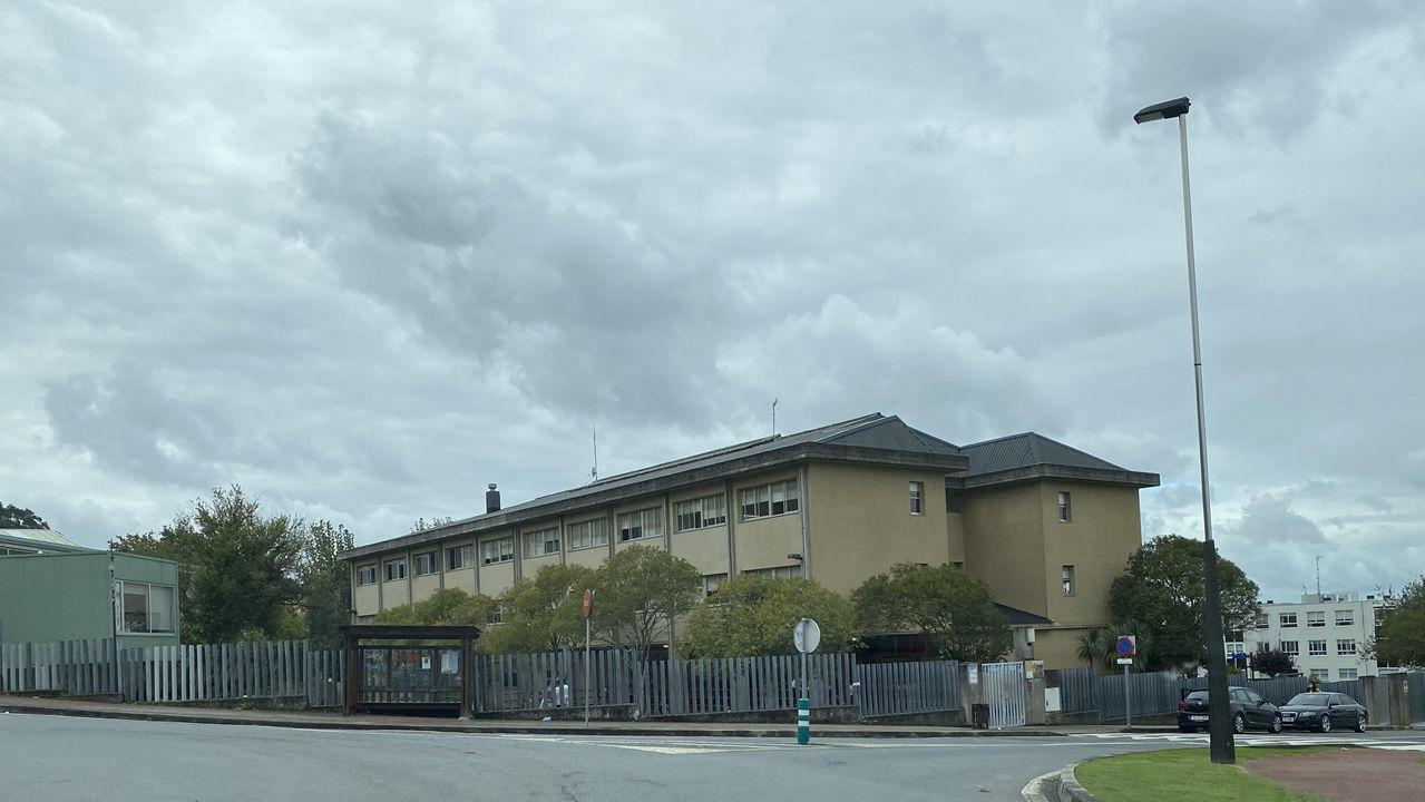 Colegio Luis Seoane, de Mera