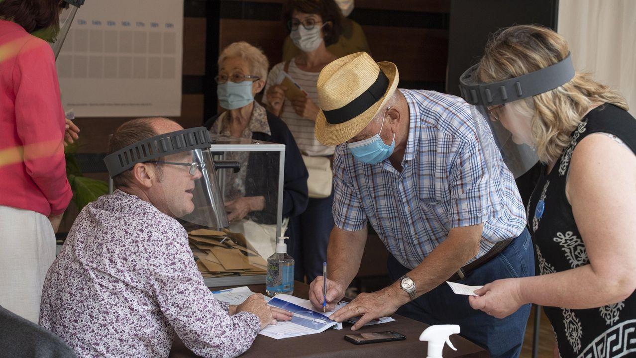 Vista general de la cárcel de Asturias.El 28 de junio, elecciones municipales en Francia. Las mascarillas y los geles no faltaron en los colegios, como en este de Bruges. La participación fue bajísima, de un 40%. Ese mismo día, un 64,5 %  de los polacos eligieron a su presidente en primera vuelta