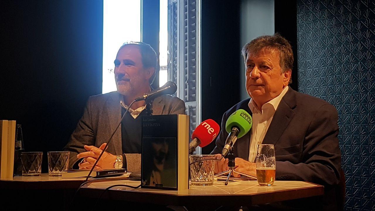 Landero, a la derecha, durante una de las presentaciones de «Lluvia fina»