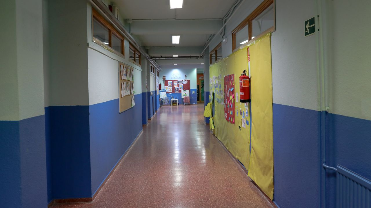 Pasillos vacíos en los colegios de la Comunidad de Madrid