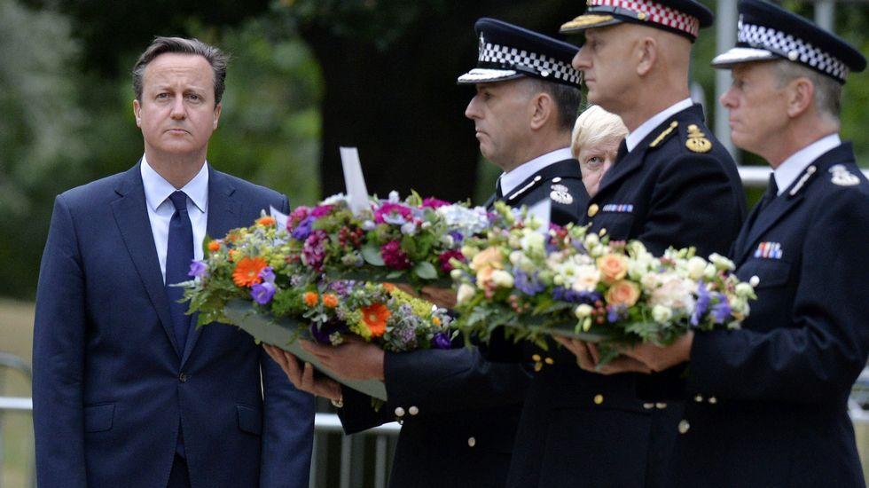 David Cameron participa en la ceremonia conmemorativa en Hyde Park