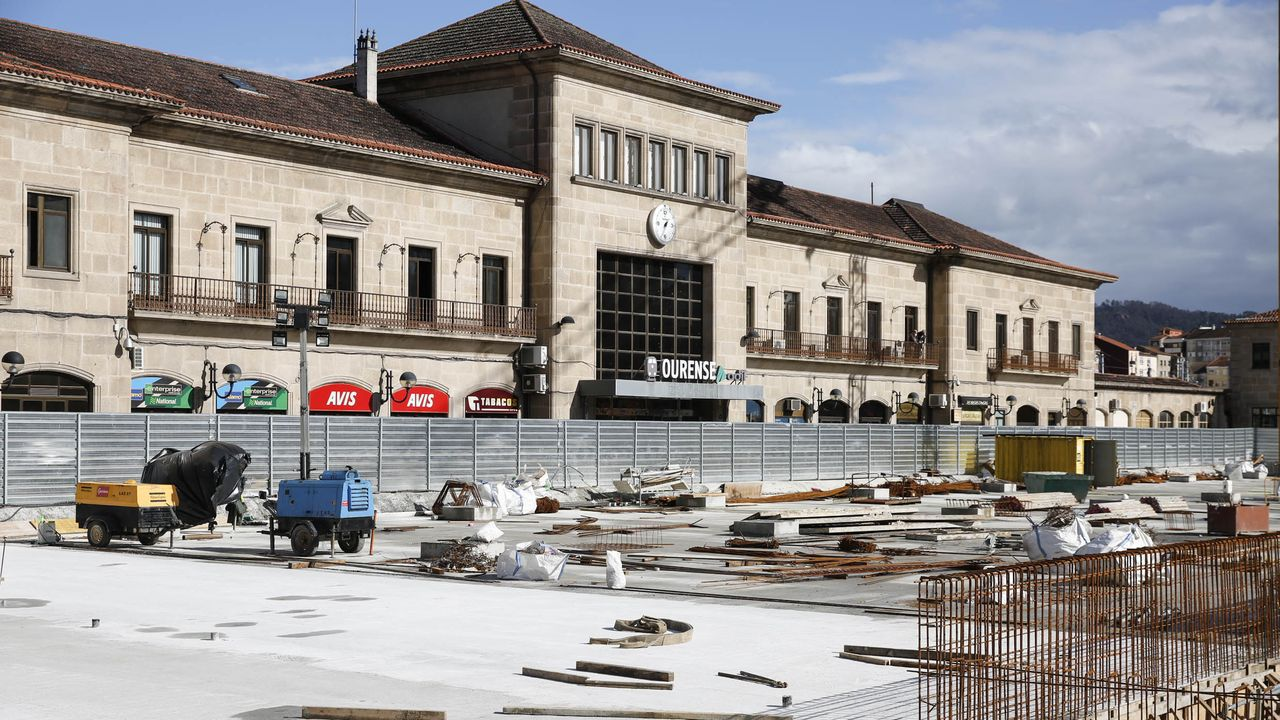 Playa de vias de la futura estación intermodal de Ourense