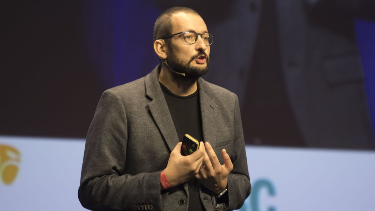 El psicólogo Alberto Soler, autor de la guía educativa «Niños sin etiquetas»