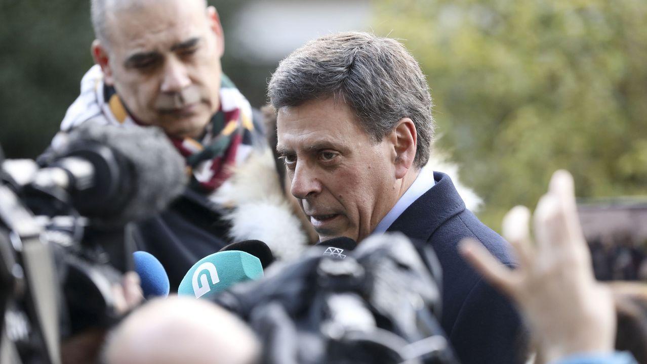 Juan Carlos Quer atiende a los medios a su llegada a la cuarta jornada del juicio por el crimen contra su hija