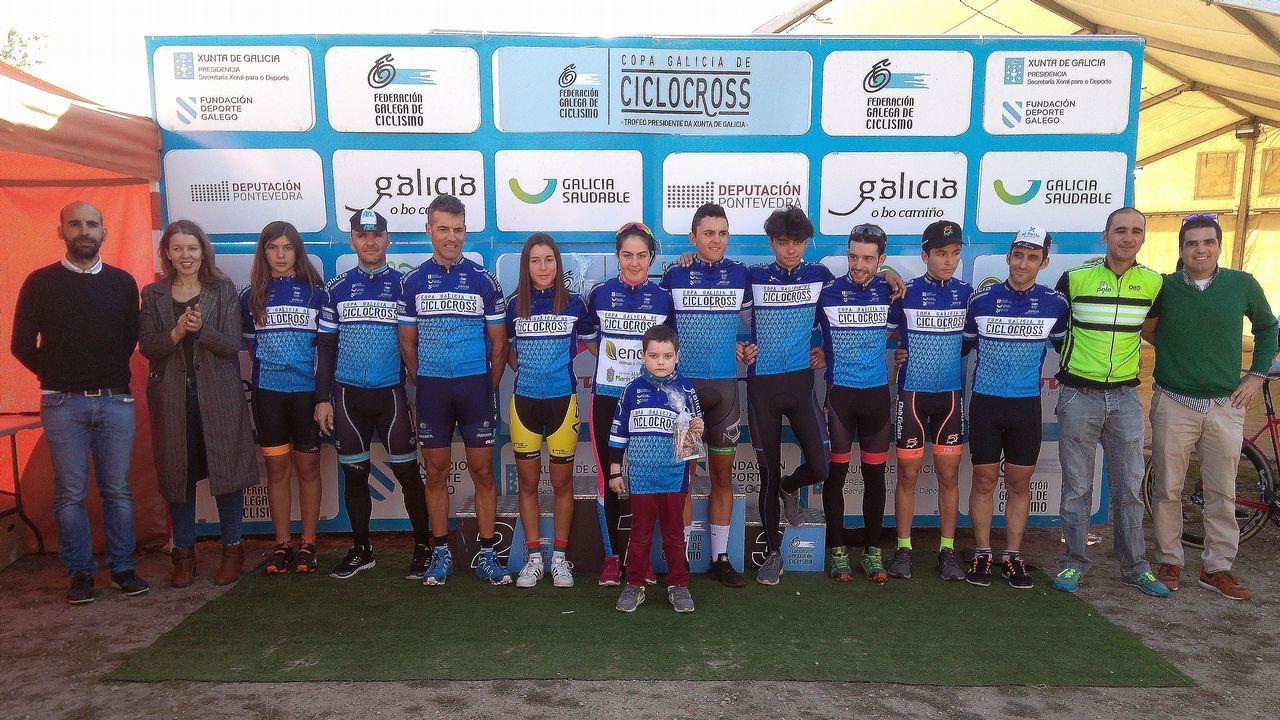 Espectáculo sobre el barro de Campañó.Los ciclistas Veloso y Marque corren para el Oporto y el Sporting de Lisboa, respectivamente