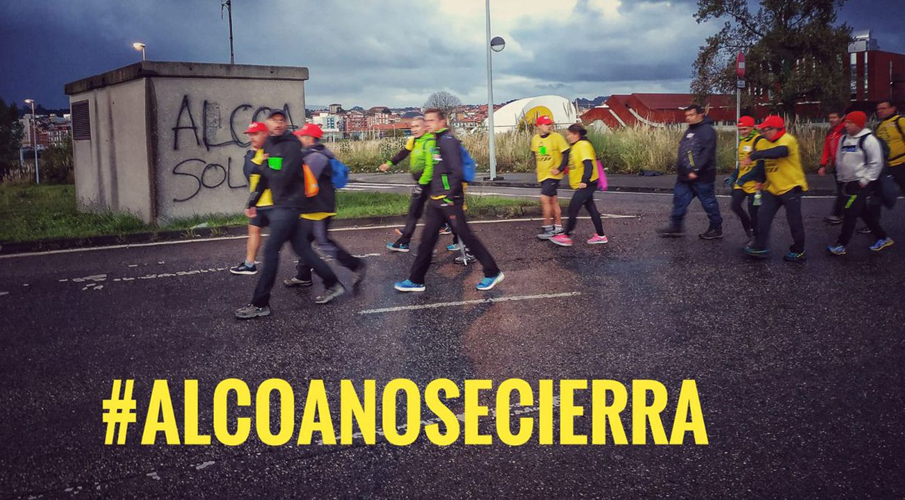 Kilómetros contra el cierre de Alcoa.Aemet eleva la alerta por temporal en Asturias