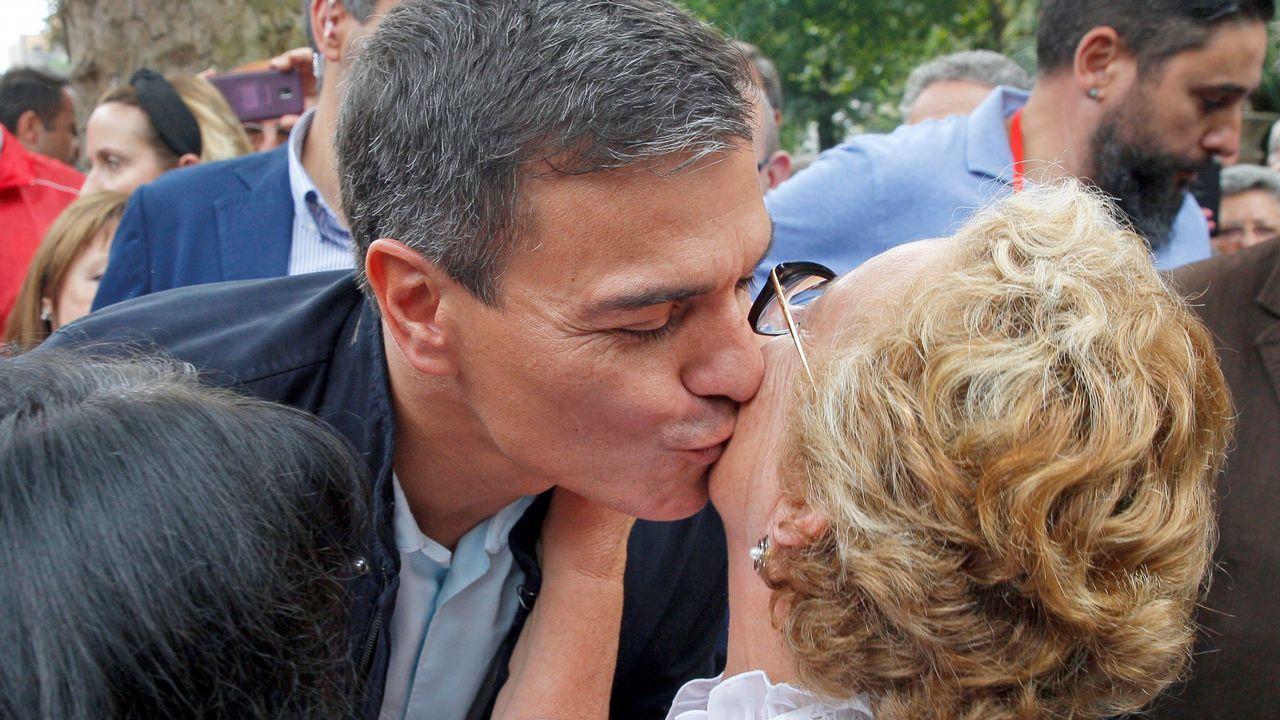El presidente del Gobierno, Pedro Sánchez, durante su primer acto público del PSOE desde que accedió a la jefatura del Ejecutivo y coincidiendo con sus cien días de gestión desde que prometió el cargo ante el Rey, hoy en Oviedo