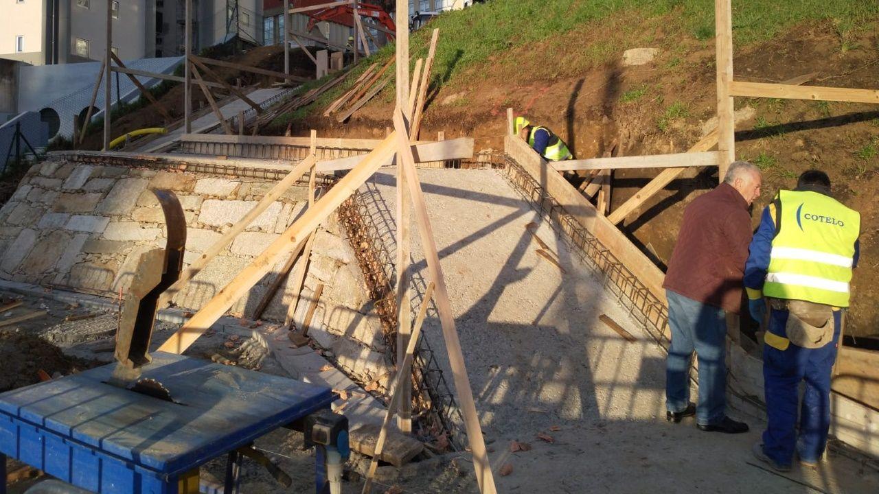 Obras de las escaleras que conectarán Salgado Torres con General Rubín