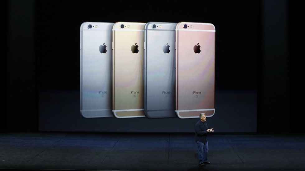 Apple presenta sus novedades en San Francisco.Imagen de archivo de un iPhone 6 Plus en una tienda de Tokio.