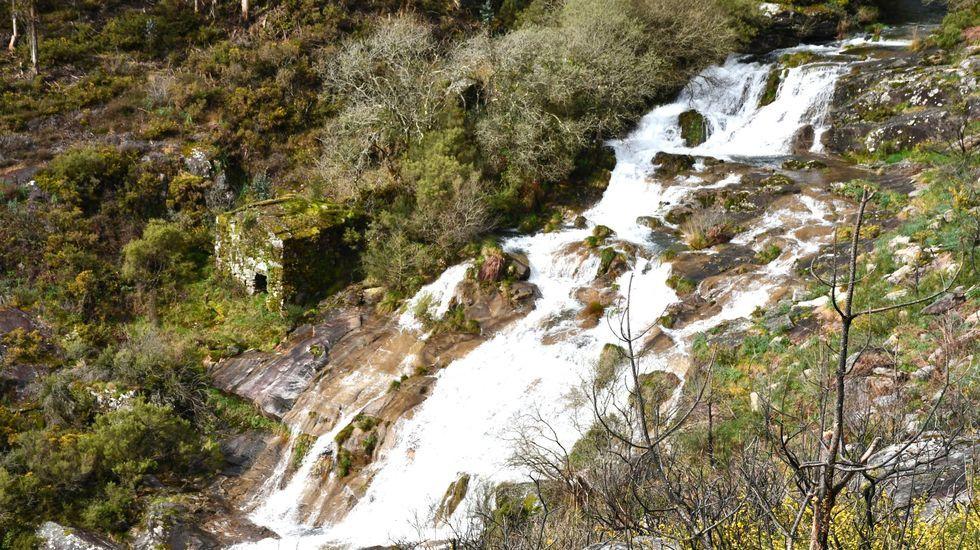 Cascada de Xestosa (Buxantes, Dumbría)