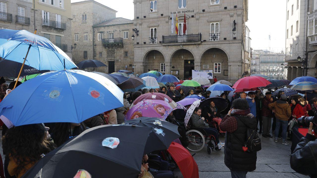 El frío en la plaza Mayor no fue excusa para los asistentes
