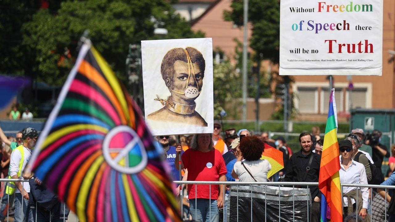 Una de las polémicas que rodea a las protestas es que no se respeta el distanciamiento social