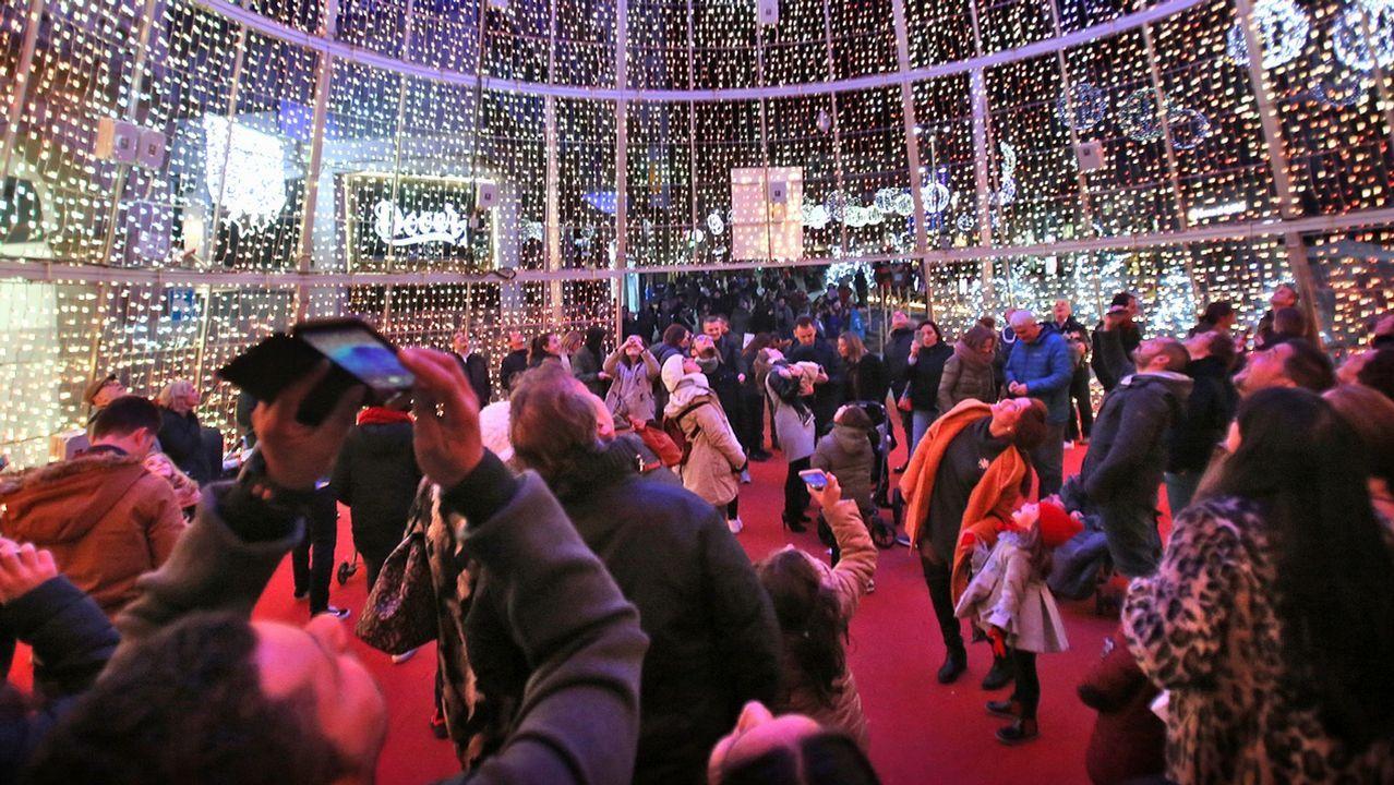 Y Vigo apagó sus luces de Navidad... El 13 de enero