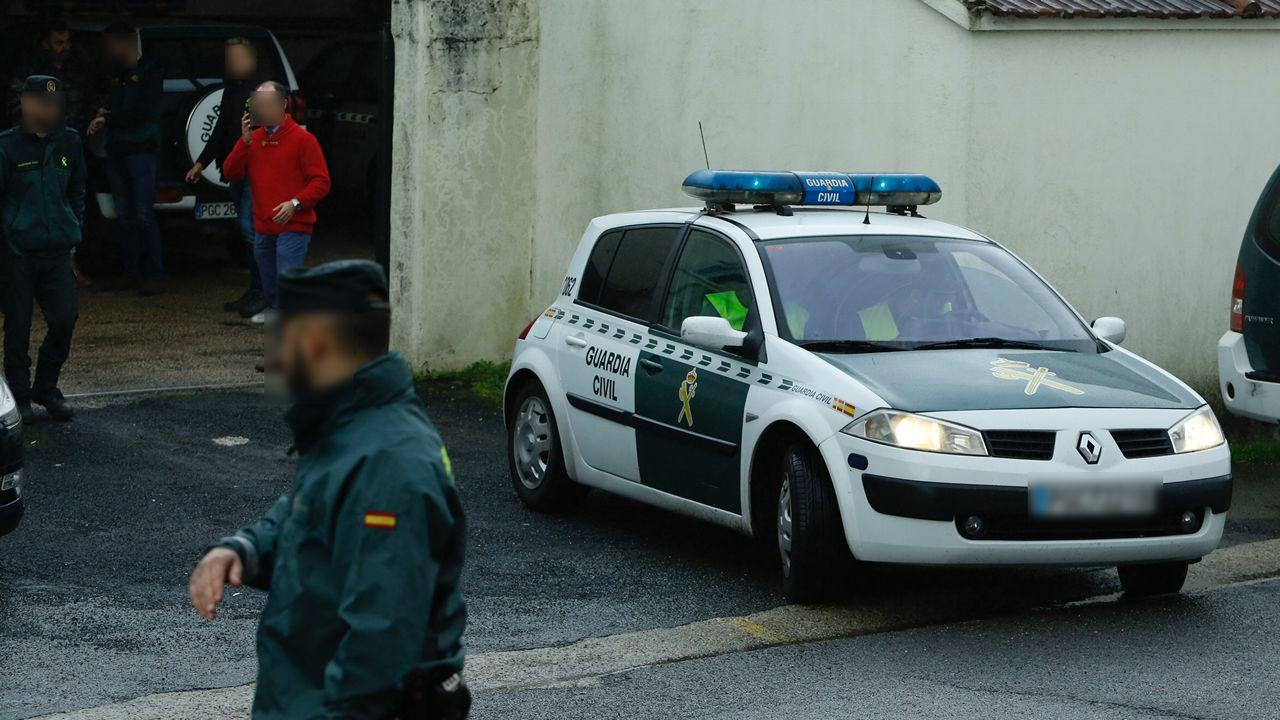 Salida del cuartel de la Guardia Civil de Padrón del sospechoso por la desaparición de Diana Quer