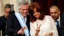 Alberto Fernández y Cristina Fernández tras asumir el cargo de presidente y vicepresidenta de Argentina