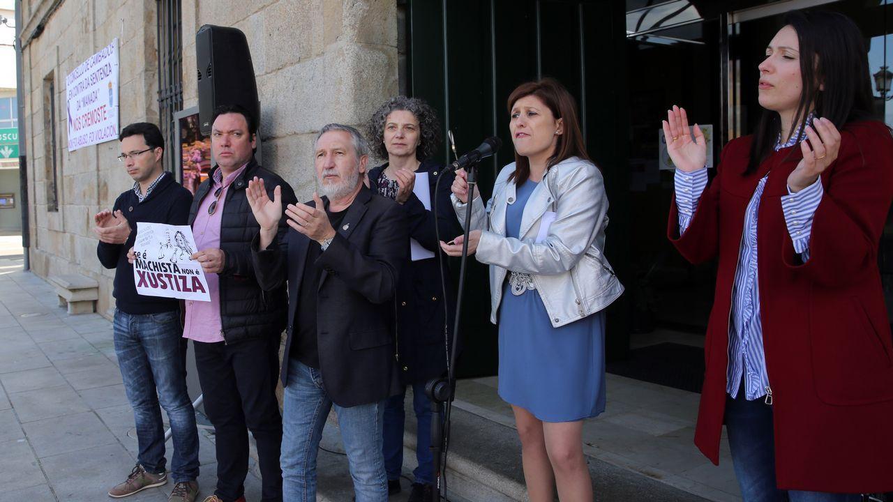 Pedro Sánchez sobre Catalá: «que aclare su acusación y si no, que esté callado».Medio millar de personas recorrieron en casco antiguo de Santiago este 1.º de Mayo para reivindicar la igualdad y mejoras laborales