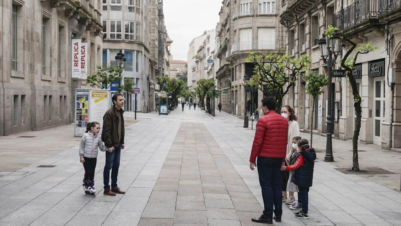 Primer dia que los niños pueden salir a la calle en Ourense