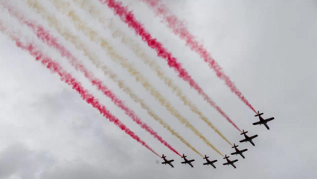 Las imágenes del partido Pontevedra contra Unionistas de Salamanca.La Patrulla Águila hará su tradicional pasada durante el homenaje a los caídos pintando en el cielo los colores de la bandera