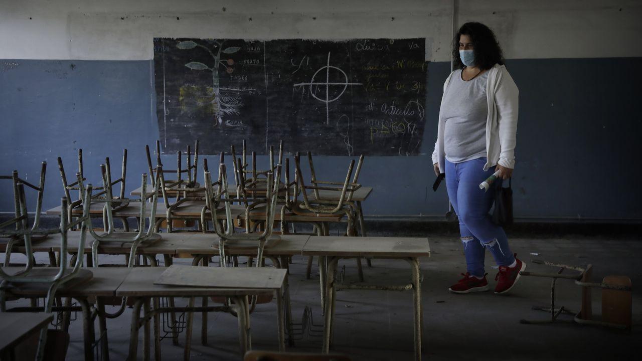 Los vecinos entran en la fábrica de armas.Xabier Anduaga (San Sebastián, 1995) se inició en la música a los 7 años en el Orfeón Donostiarra