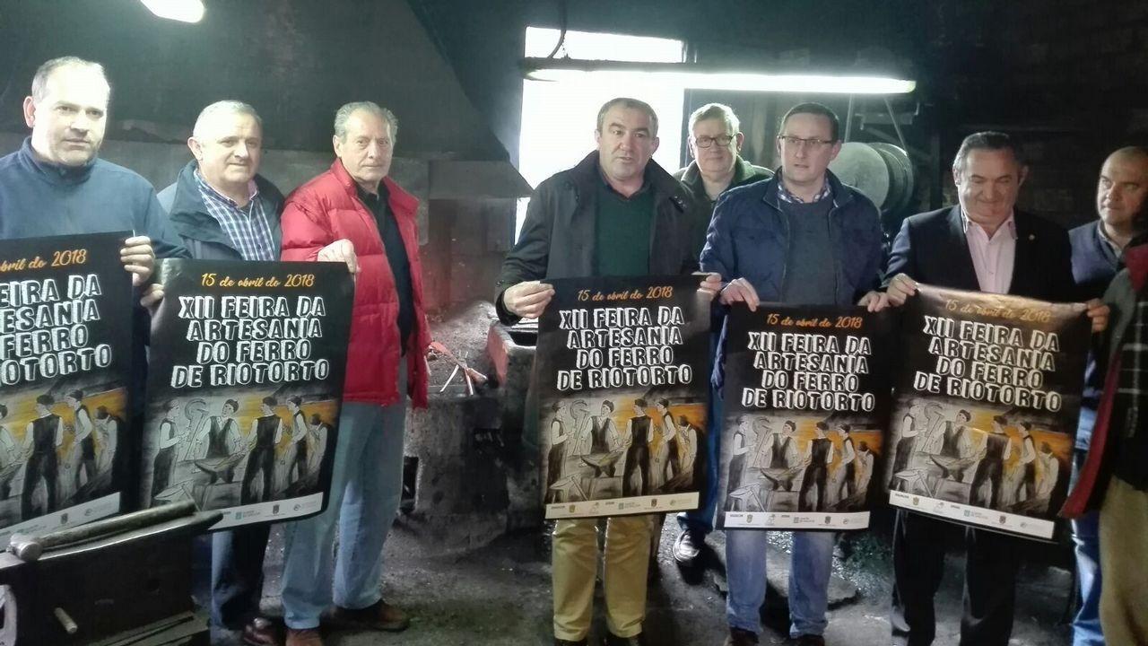 Presentación de Milagrosistas do Ano .Manuel Martínez, alcalde de Becerreá y diputado discolo del PSOE en la diputación de Lugo