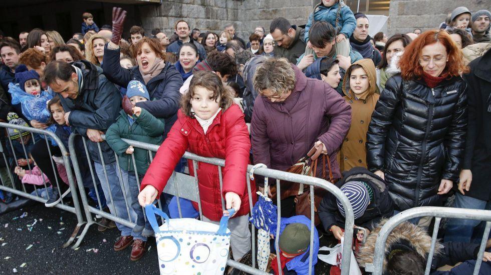 Público en la Cabalgata de Reyes de A Coruña
