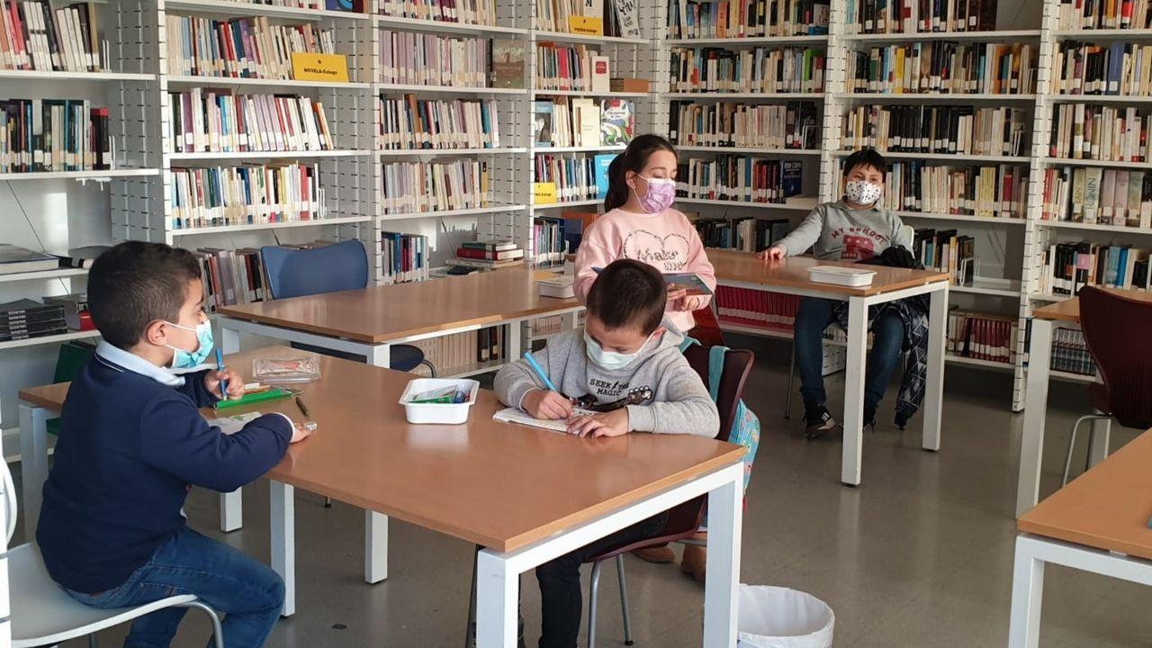 La biblioteca de Sober organiza actividades de animación a la lectura para niños y adultos