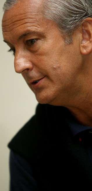 Pérez Insua destaca la capacidad de los ministros y altos cargos nombrados por Rajoy.