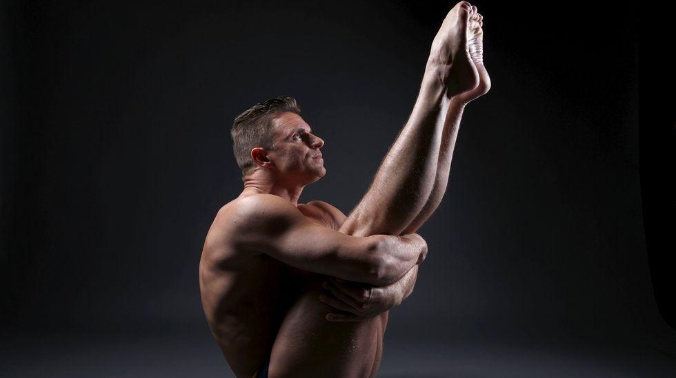El nadador Troy Dumais presume de elasticidad