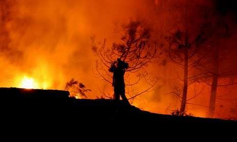 El castillo de Vilasobroso en fotos.Imagen dantesca de un incendio forestal ocurrido el año pasado en el municipio de A Guarda