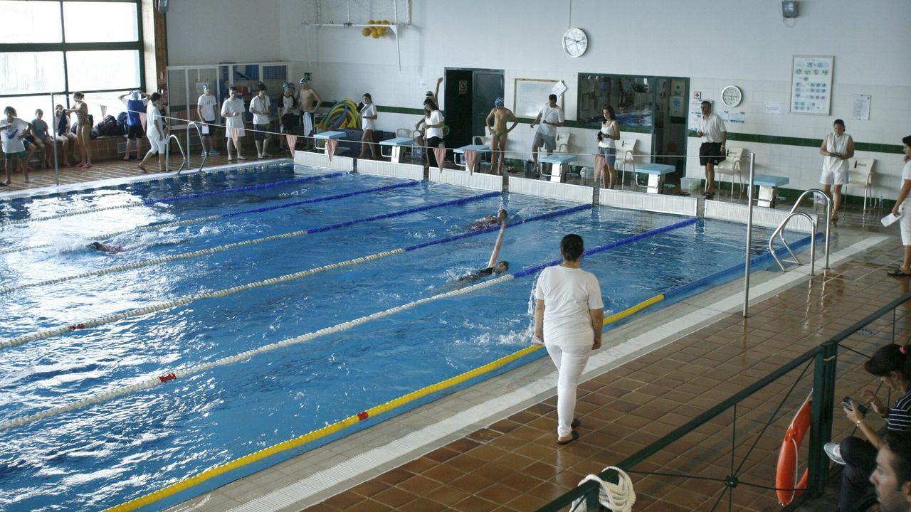 Una nueva luz para admirar una valiosa colección artística en Monforte.La piscina municipal ha estado cerrada desde que se declaró el estado de alarma sanitaria