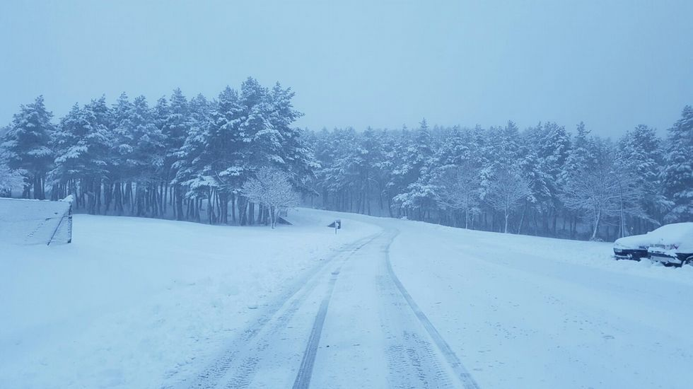 La nieve regresa a Manzaneda