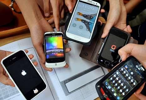 hamburguesa.En la actualidad hay una amplia variedad de «smartphones».