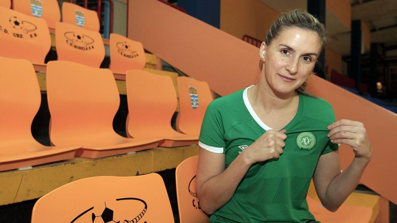 Jozi, con la camiseta del Chapecoense, el club de su ciudad, en el 2016