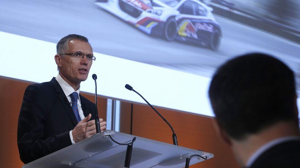 Peugeot-Citroën compra Opel.Tavares presentó ayer en París los resultados de su primer año al frente de  PSA.